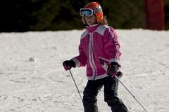 kids-skiing